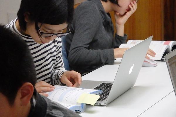 中級クラスを卒業後、開発現場の専門技術を学べます