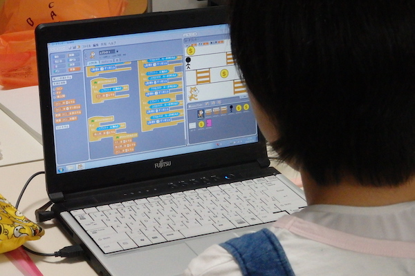 プログラミング教室大阪未来学校